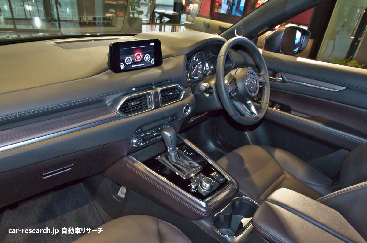 マツダ新型cx 8、インテリア エクステリア写真、3列目シートは狭い 自動車リサーチ
