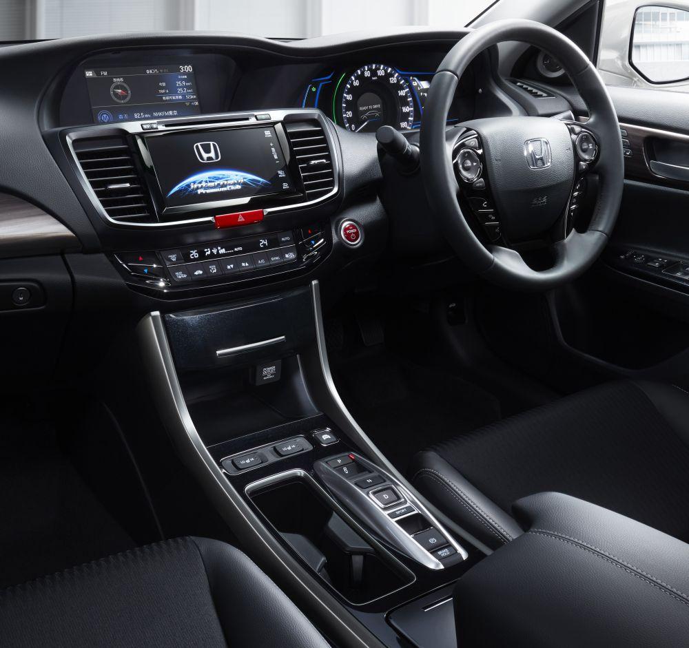 ... 次期モデルの日本発売は無し、Sport Hybrid i-MMDに貢献
