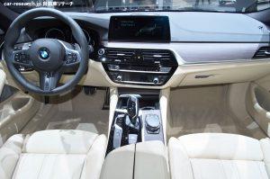 BMW 5シリーズ ツーリング インテリア