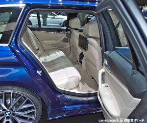 BMW 5シリーズ ツーリング リアシート