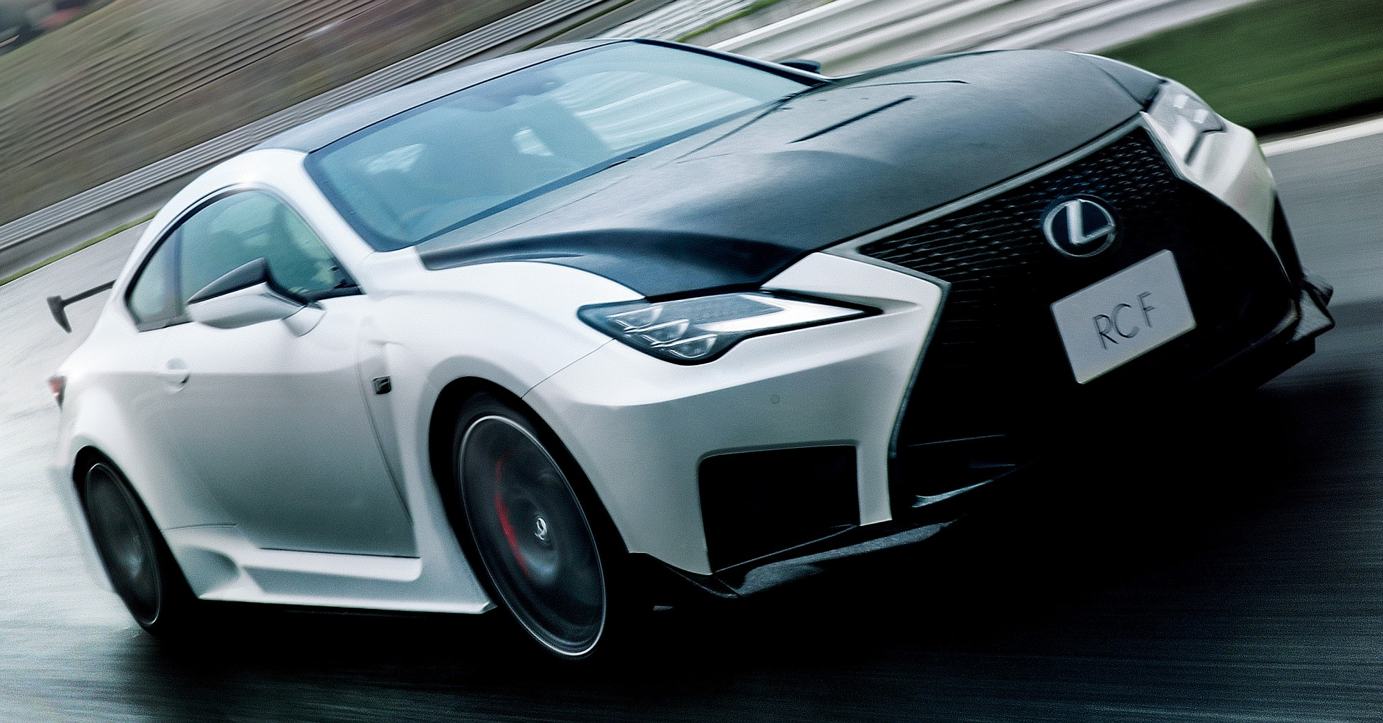 """RC F""""Performance package"""""""